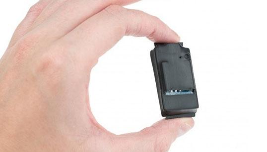 Как узнать, что в вашей комнате есть прослушки и скрытые камеры
